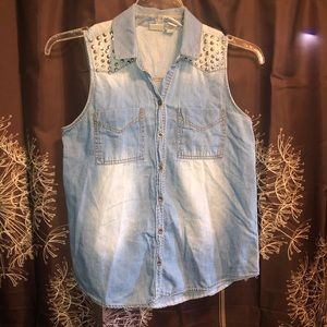 MUDD studded Sleeveless Top Blouse Button Front M
